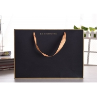 Cheap Luxury gift kraftpaper bag with silk ribbon handle wholesale