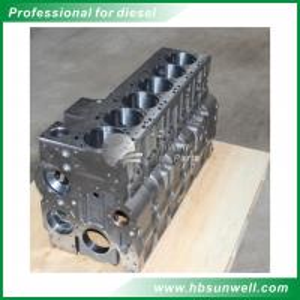 Cheap Original/Aftermarket  High quality Dongfeng Cummins 6L8.9 diesel engine parts cylinder block 4946152 wholesale