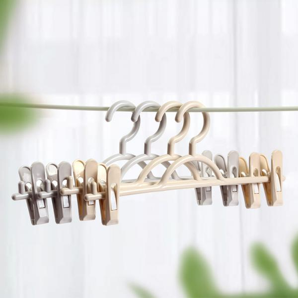 Quality Domestic Rack Pants plastic trouser hangers with clips Without Trace for sale