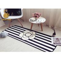 Cheap Black White Water Absorbing Floor Mats / Living Room Area Rugs Contemporary Style wholesale