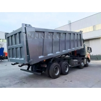 China 12 Wheel HOWO A7 Dump Tipper Truck 420hp In Philippines on sale