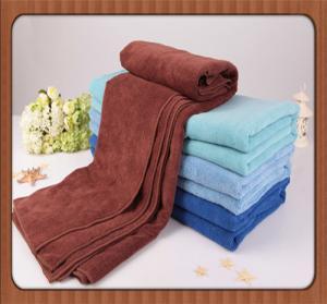 Cheap custom Fashion promotional100% disposable bath shower or face towel for restaurant wholesale