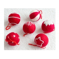 Cheap EN79 3cm Wool Felt Balls With Embroidered Snowflakes wholesale