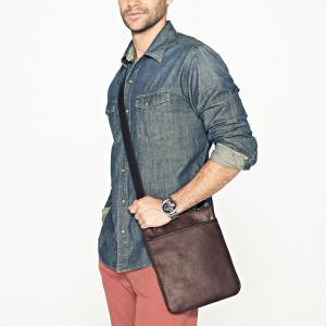 Cheap Custom Leisure Mens Small Leather Crossbody Bag , Leather Sling Crossbody Bag wholesale