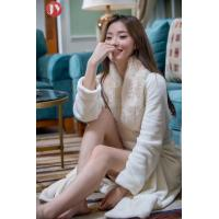 Cheap Hot Sale Extra Long Fleece Women Robe Night Gown luxury Fur Collar Bathrobe Plus Size Winter Thickening Dressing gown wholesale