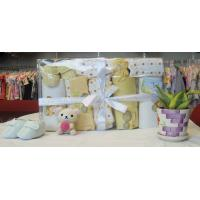 Cheap Personalised Comfy New Born Baby Shower Gift Sets With Baby Shoes OEM wholesale