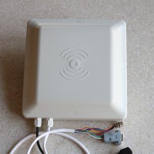 5m 8dbi Antenna uhf rfid Reader 860~960MHz Portable Wiegand 26/34 RS485/232