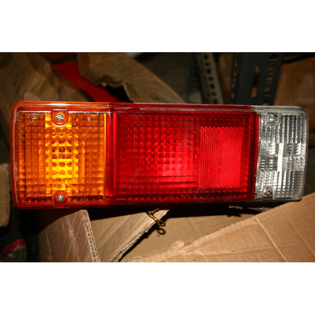 Cheap COMBINATION TAIL LAMP LH ASSY-FAW wholesale