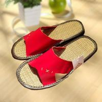 Cheap Household comfortable couple leather slipper wholesale