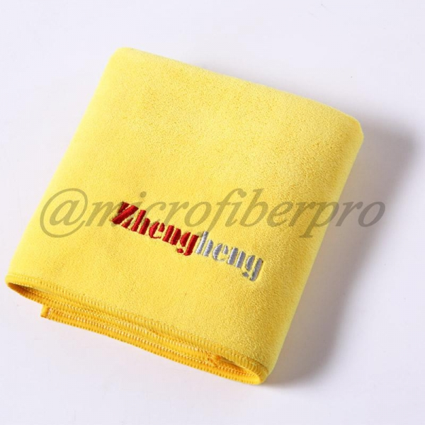China Weft with Hair Knitting Microfiber Towel